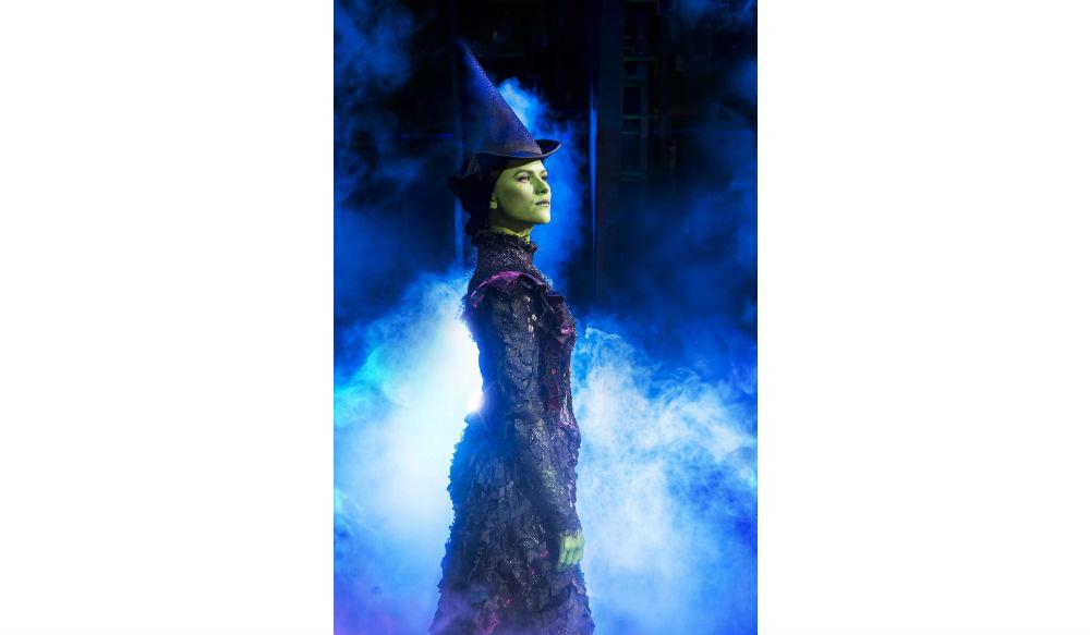 wicked-uk-international-tour_carly-anderson-and-jacqueline-hughes_photo-matt-crockett_8137